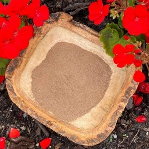 Red lotus flower powder